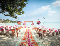 Featured Wedding Venue Renaissance Resort And Spa Koh Samui Thailand